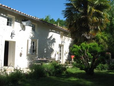 Nice Villa Near Cognac